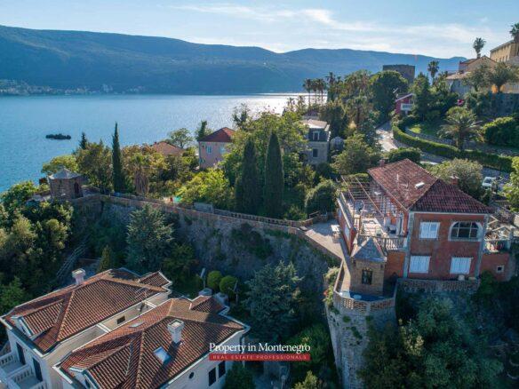 House for sale near Old Town Herceg Novi
