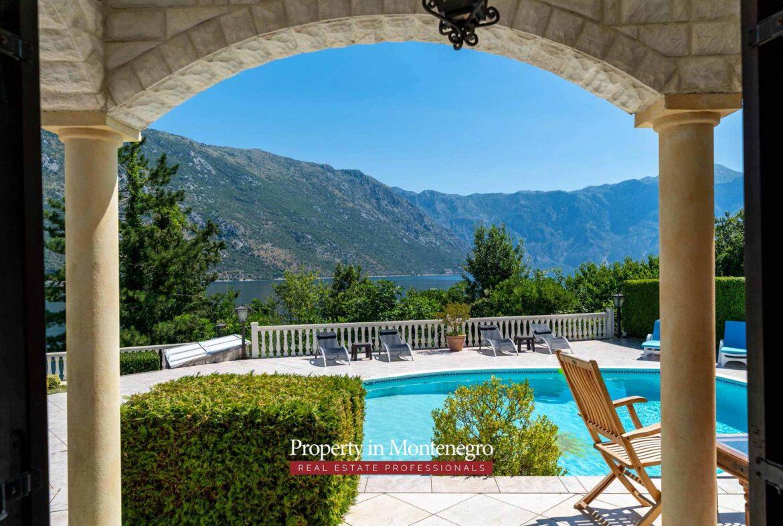 Villa for sale in Bay of Kotor