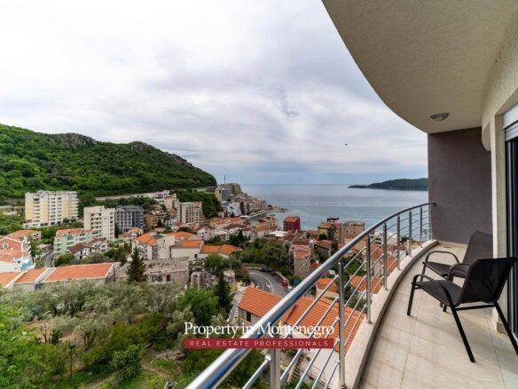 Apartment for sale in Rafailovici
