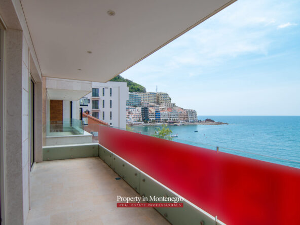 Seafront luxury apartment for sale in Budva Riviera