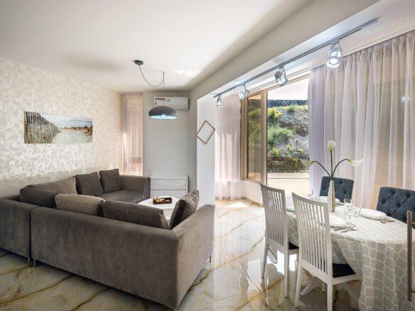 One bedroom apartment for sale in Rafailovici