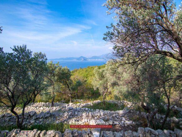 Land for sale in Budva Riviera