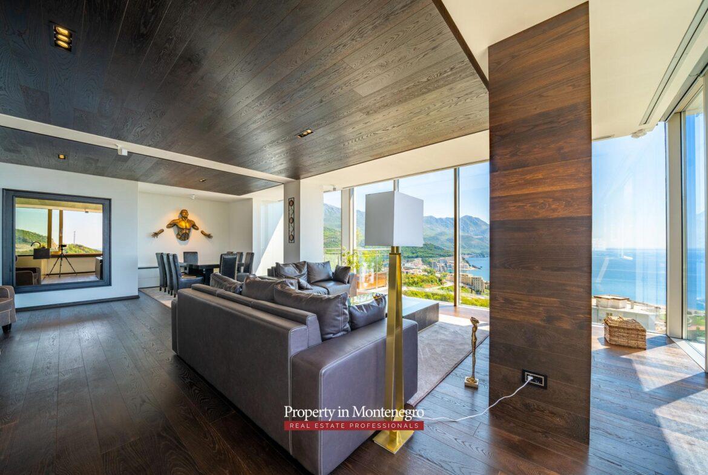 Luxury penthouse in Budva
