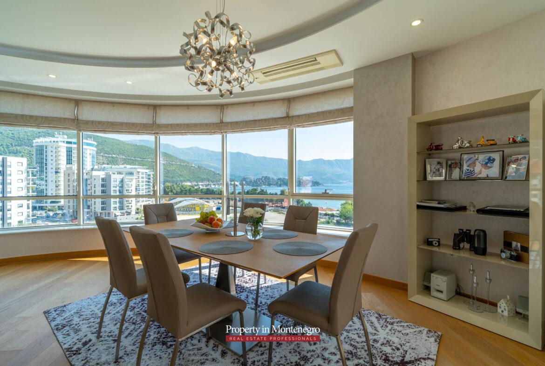 Luxury two bedroom apartment in Budva