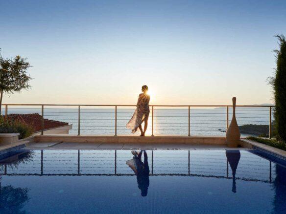 Luxury villa for sale near Sveti Stefan