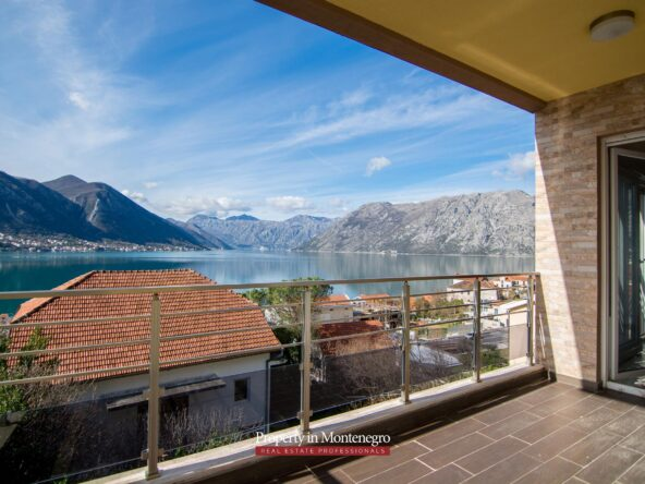 Duplex apartment for sale in Bay of Kotor