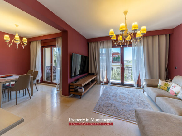 Two bedroom apartment in Petrovac