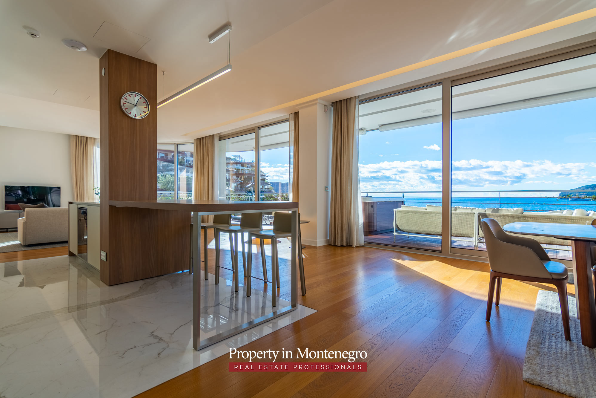 Waterfront penthouse for sale in Budva