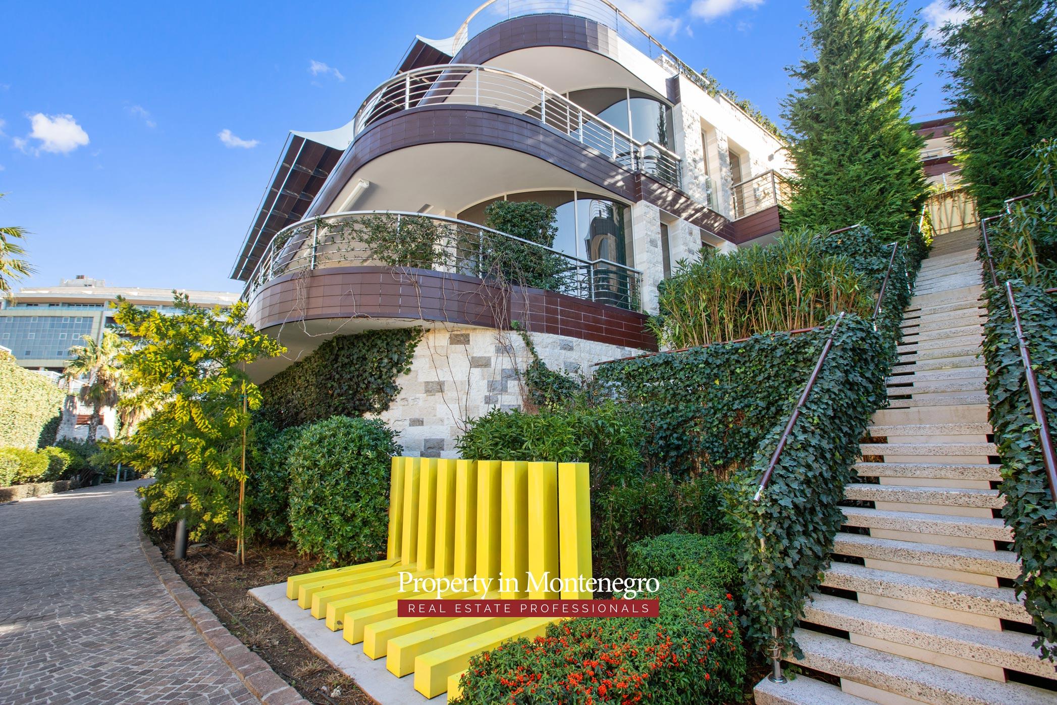 Luxury apartment for sale in Budva Riviera