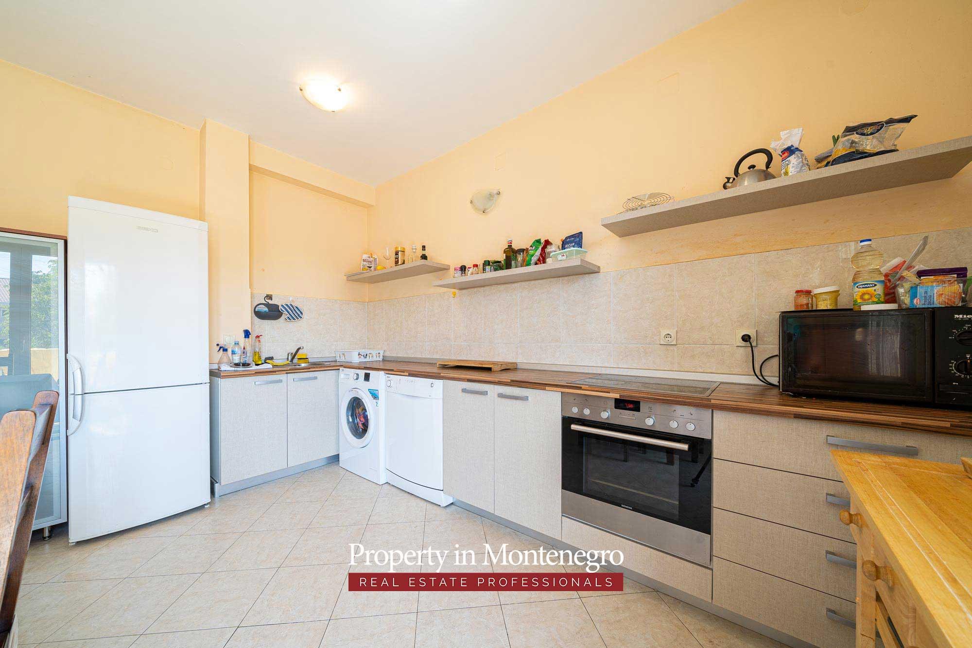 Duplex apartment for sale in Tivat